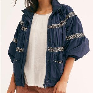 Free People On my Mind Bomber Jacket Floral Navy Small